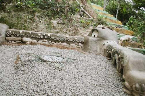Otro horno de dragón realizado por mis estudiantes en Monteverde