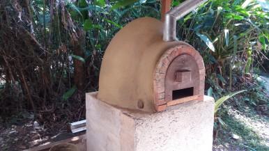 Horno de Barro Cahuita Ayal Bryant Costa Rica